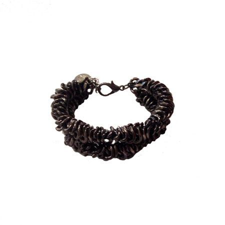 CM-chain-bracelet-black-side